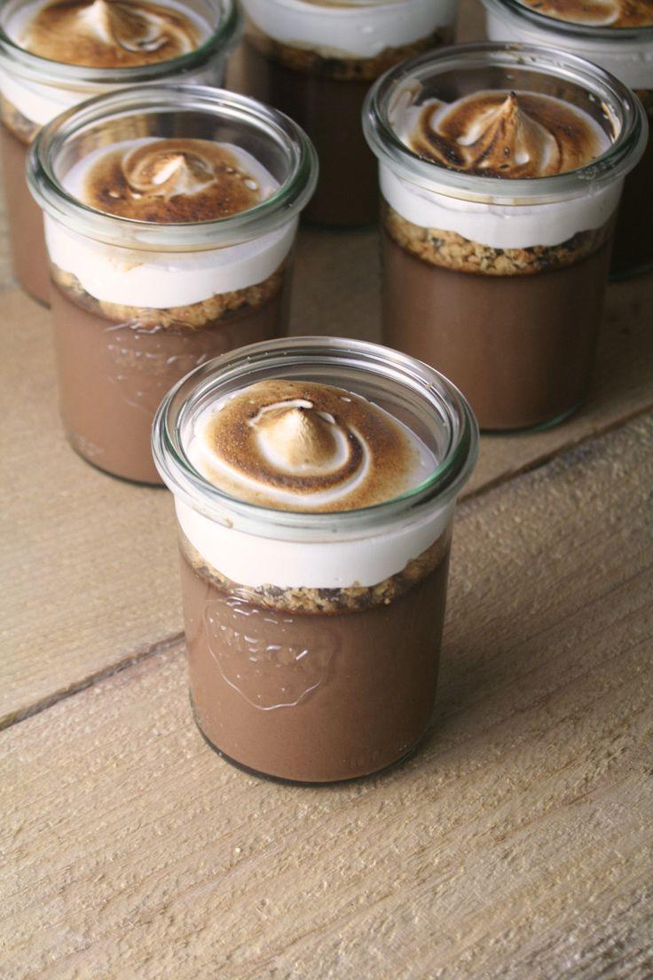 S'mores Pots De Creme // Bakin' Bit #smores #potsdecreme #dessert
