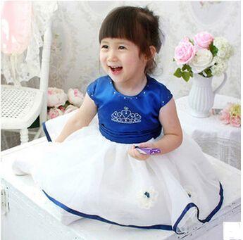 Дешевое Бесплатная доставка 1 шт. лето девочка принцесса с бантом платье сладкий Crowne король на день рождения банкетный платье дети для детей одежда, Купить Качество Платья непосредственно из китайских фирмах-поставщиках:                               Нам $15.81       /Шт