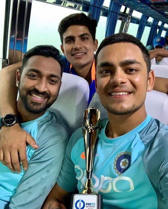 Krunal Pandya Shubman Gill And Ishan Kishan Click A Selfie After Winning The Second One Dayer Against S Virat Kohli Instagram Cricket Sport Latest Cricket News