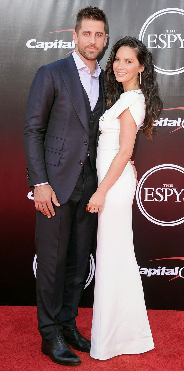 2016 ESPY Awards - Olivia Munn and Aaron Rodgers from InStyle.com