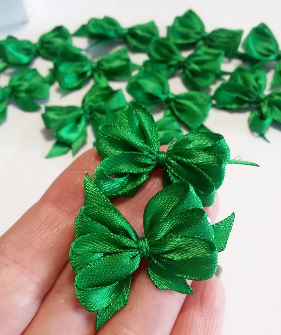 Christmas gift bows green satin ribbon bows by Rocreanique on Etsy
