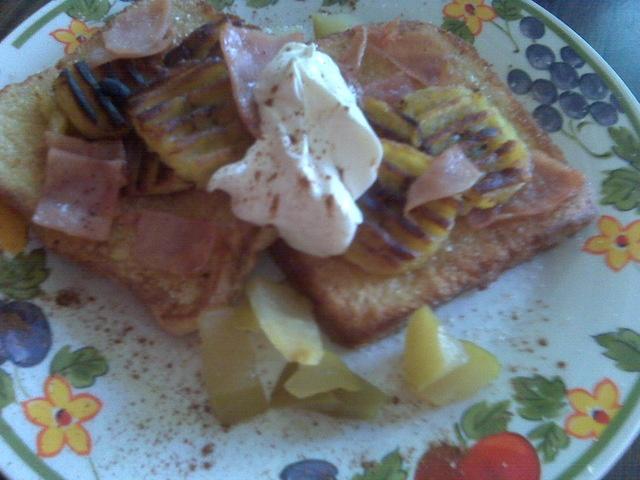 Tostadas francesas con plátano maduro