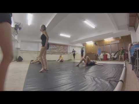 Dança Contemporânea - Chão - YouTube