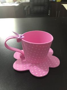 Xícara em EVA, uma graça para chás de cozinha, bebe, e aniversarios, faço qualquer cor
