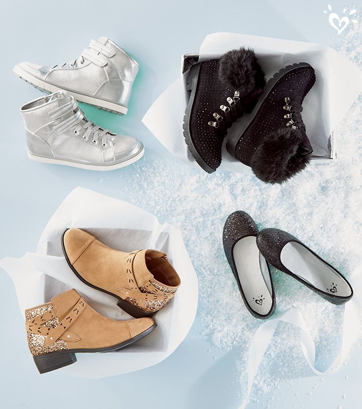 Ballet flats for holiday parties, sneakers for rockin' the hallways, boots for bringing the style back to the sidewalks. Plenty of wishlist inspiration here!