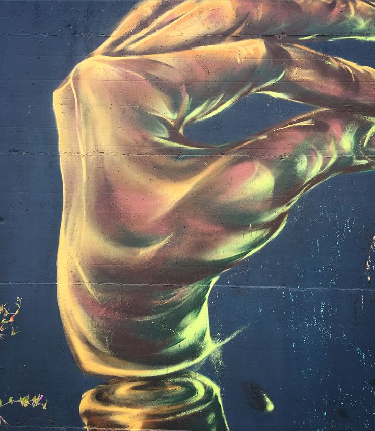 """Polsi deboli a mano libera."" #kami #kamimani  Wall detail, ITALY"