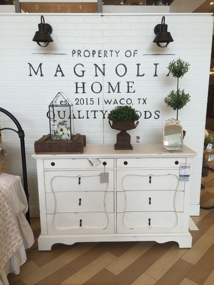 317 best magnolia homes fixer upper images on pinterest for Bedroom designs by joanna gaines