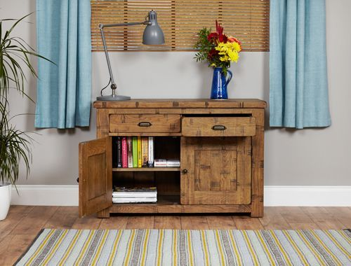 Rough Sawn Oak Small Sideboard #wood #oak #furniture #sideboard #storage #home #interior #decor #livingroom #lounge #bedroom #hallway