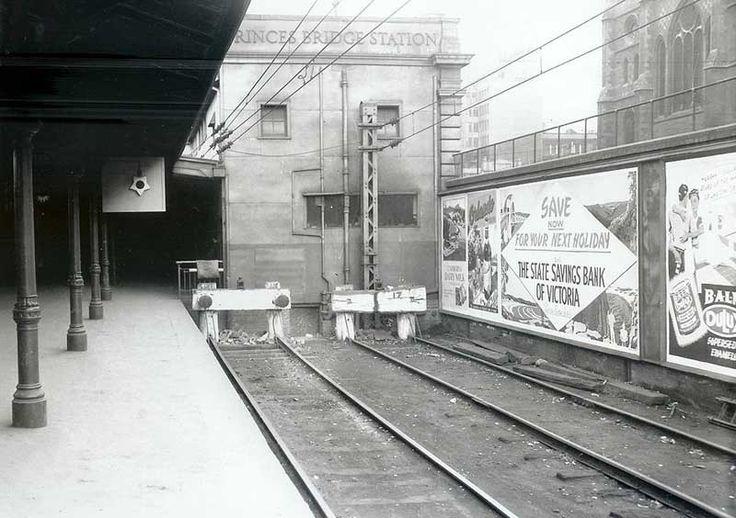PrincesBridge stn 1952