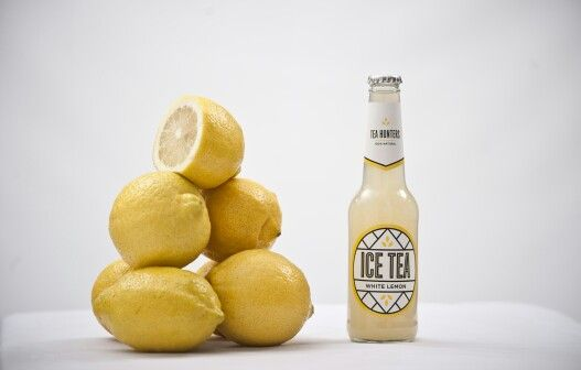 White Lemon... A green tea base infused with a natural lemon cordial. Free from preservatives, colourants, flavourants & stabilisers.