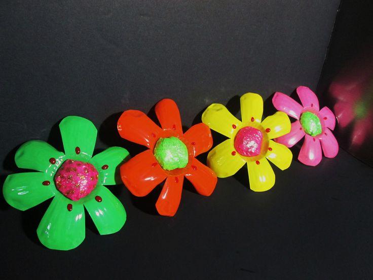 Diy como hacer flores con botellas de plastico recicladas - Flores de plastico ...