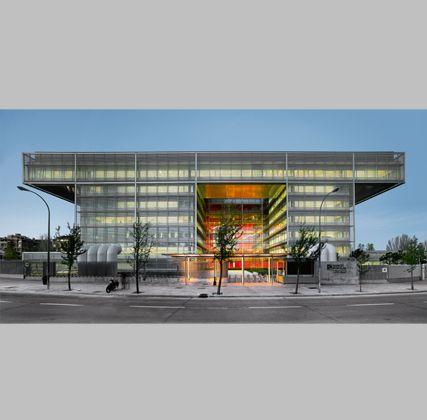 Arquitectos Ayala, Sede del Banco Popular en Madrid #architecture