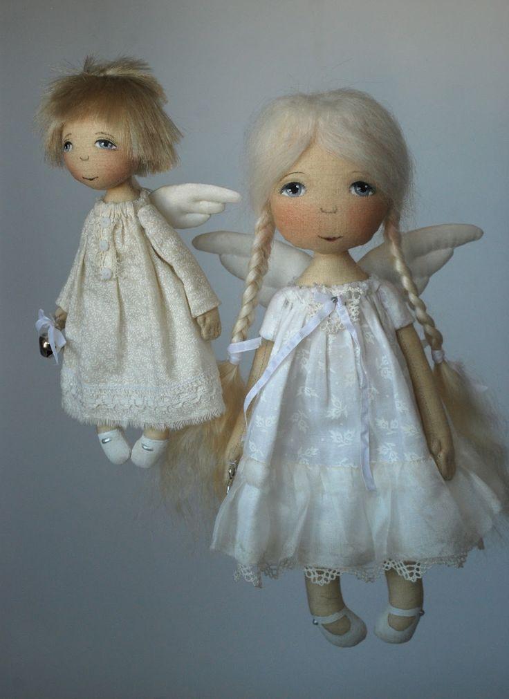 Еще перед майскими праздниками обещала показать....  Попросили меня сшить Ангелочка-малыша        Вроде обычный мой Ангелочек-мальчик, мате...