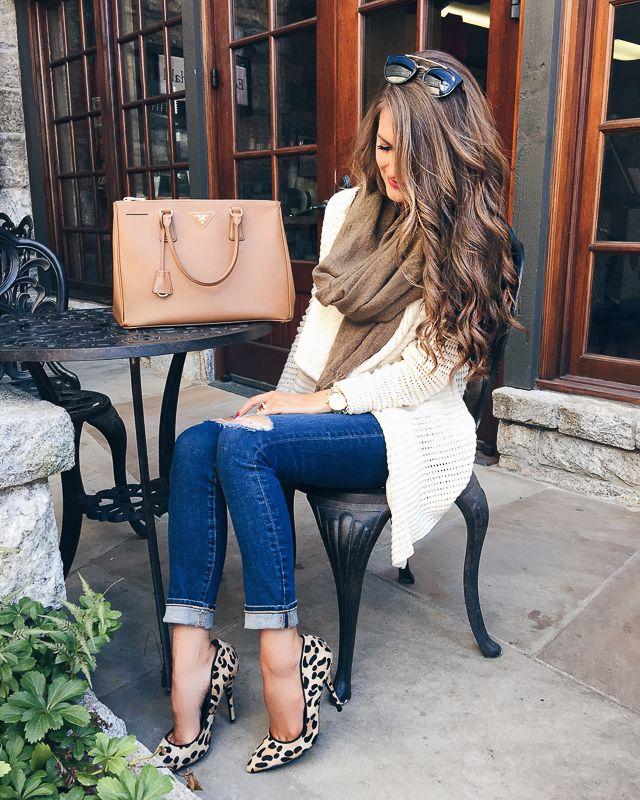 Love the leopard heels and Prada handbag