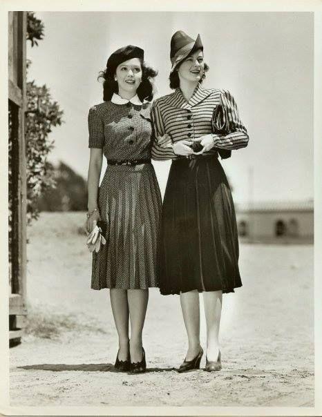 vintage 1940s fashion swing style War Era WWII women models dress skirt day casual button front suit hat skirt jacket shoes belt hairstyle jαɢlαdy