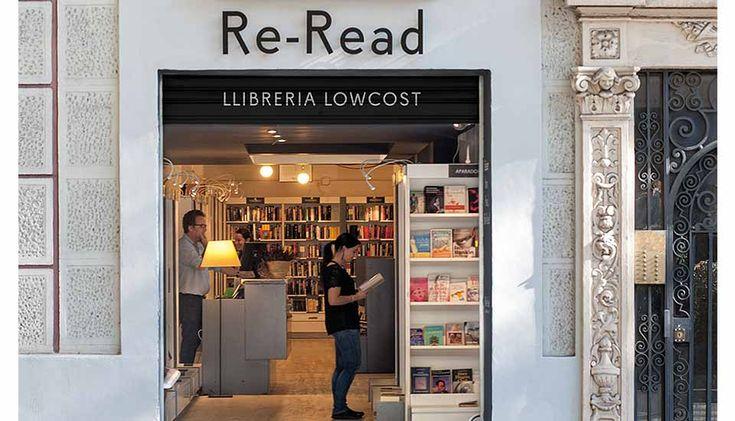 Val la pena visitar Re-Read. Gran fórmula: 1 llibre, 3 euros; 2 llibres, 5 euros; i 5 llibres, 10 euros. Impossible sortir d'allà amb les mans buides.