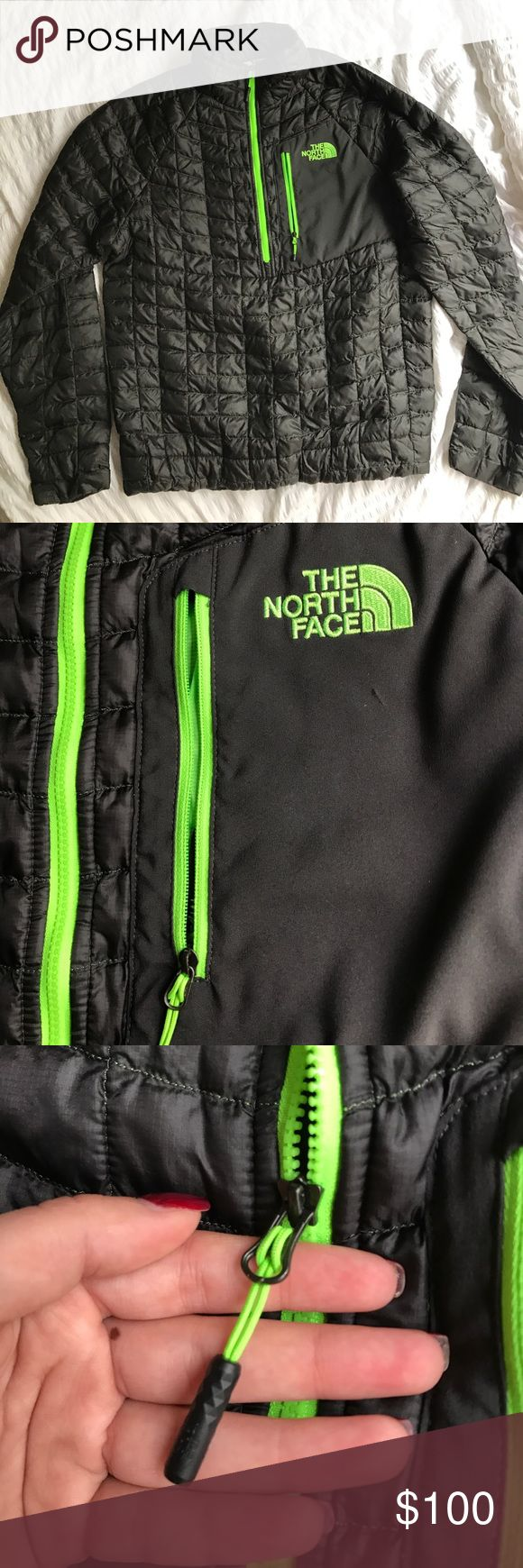 """Men's north face """"thermoball"""" jacket. Perfect condition. Very lightweight yet very warm. Could possibly fit a medium as well. The North Face Jackets & Coats"""