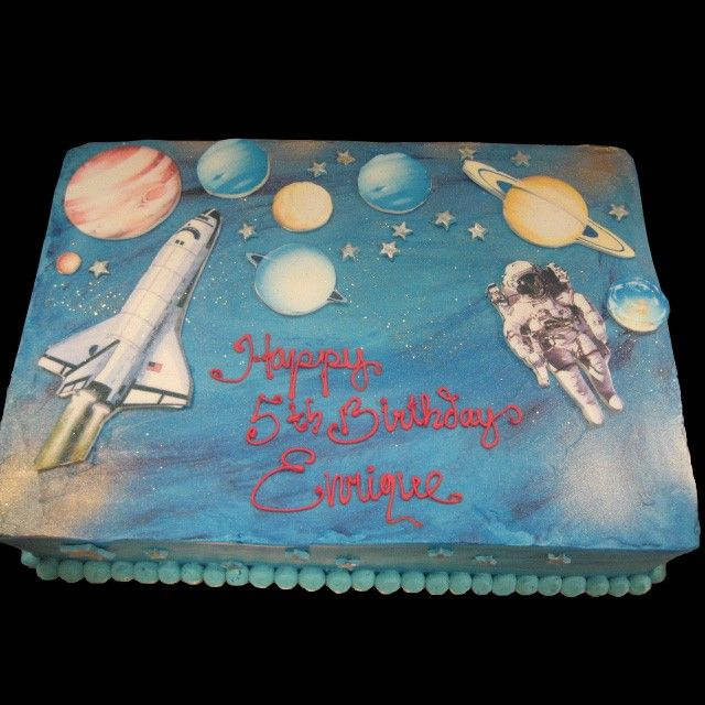 Home Astronaut And Shuttle In Space Birthday Cake   Rocket ...