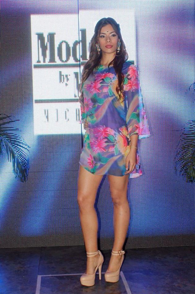 """Macarena Cárdenas lanza nueva colección """"Akasha"""" basada en la cultura hindú. #moda #colección #hindú"""