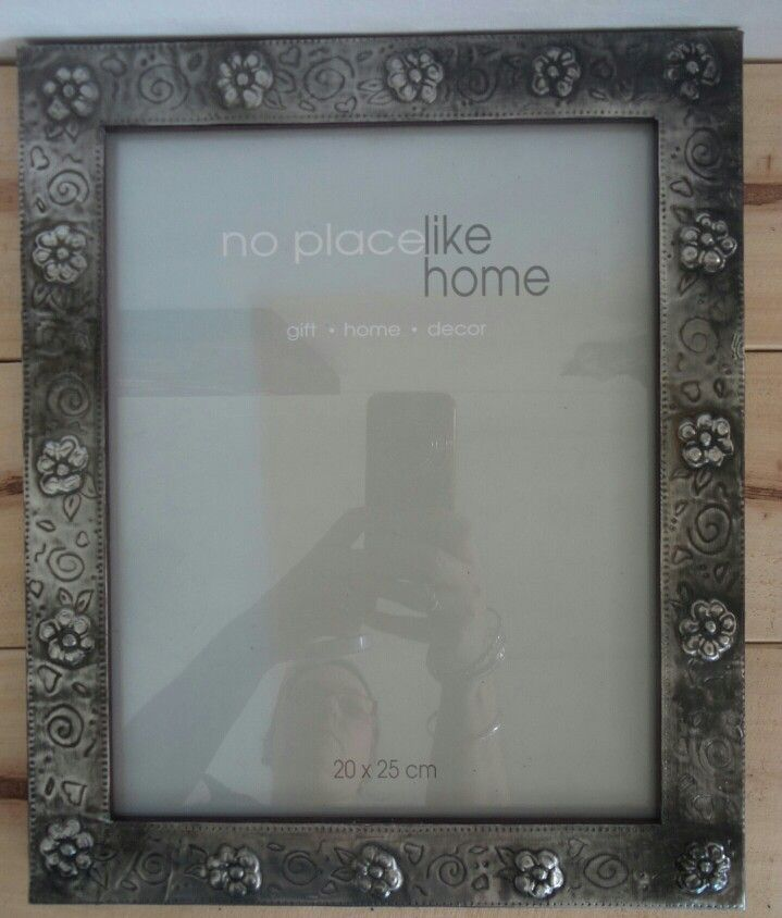 Picture Frame with Pewter art