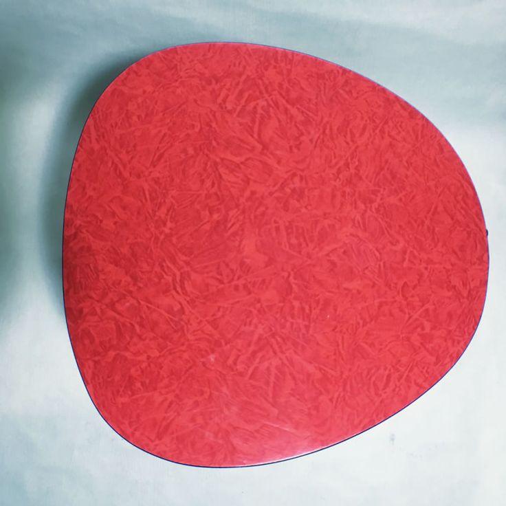 Tabouret formica rouge vintage
