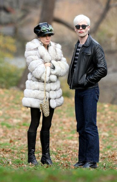 Sienna Miller films additional scenes for the movie 'Factory Girl' in which she plays Edie Sedgwick.