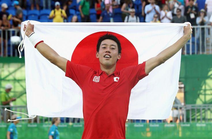 リオ五輪第9日。テニス。男子シングルスで錦織圭がラファエル・ナダルを降して銅メダル=ブラジル・リオデジャネイロ