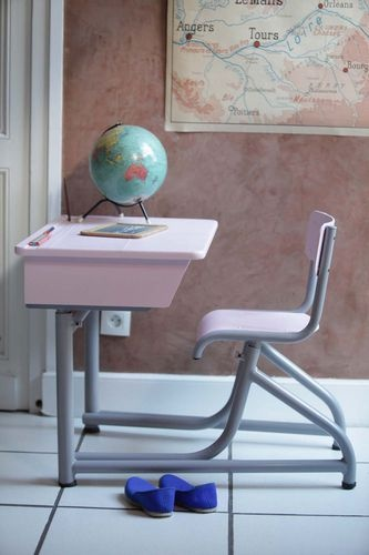 Bureau vintage années 40 tout rose
