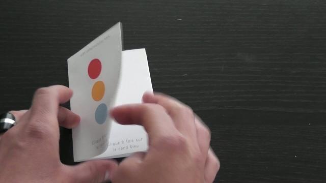 """Fabriquer un livre d'éveil à la façon """"Un livre"""" d'Hervé Tullet"""