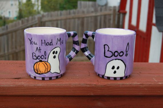 Halloween-Tassen Set von 2 You Had Me At von AugustaWyndeDesigns