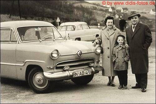 Ford 15M mit mir und meinen Eltern ca. 1958