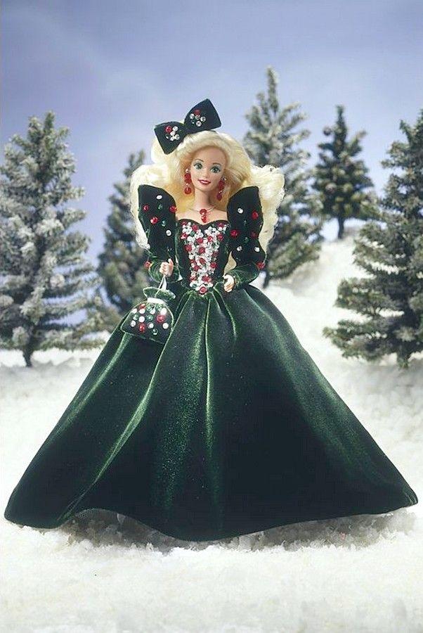 Mattel Inc USA 1991 Happy HolidaysR BarbieR Doll Collection Series 602x900