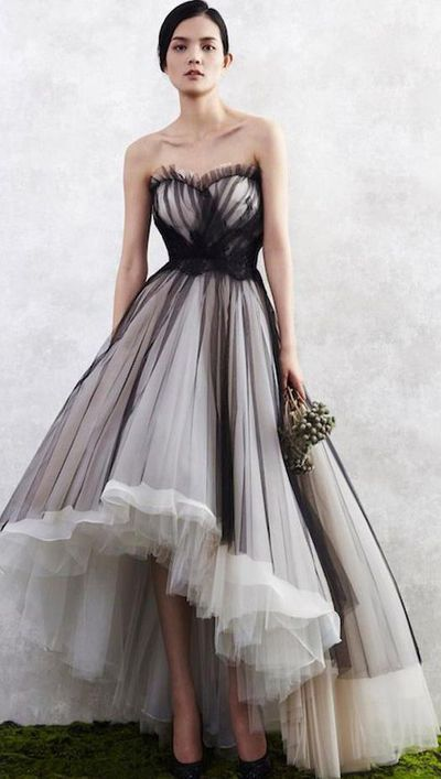 Charming Black on White Prom Dress,Sweetheart Homecoming Dress,Tulle Evening Gowns
