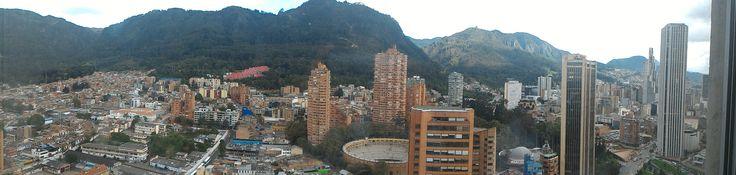 Bogotá, vista de la Macarena y el Centro