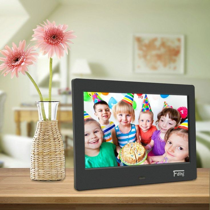Got photos that you want framed digitally? In this updated buyer's guide, we'll tell you what the best digital photo frame 2017 is for your needs and budget.