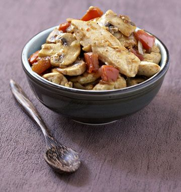 Curry de poulet aux champignons, la recette d'Ôdélices : retrouvez les ingrédients, la préparation, des recettes similaires et des photos qui donnent envie !