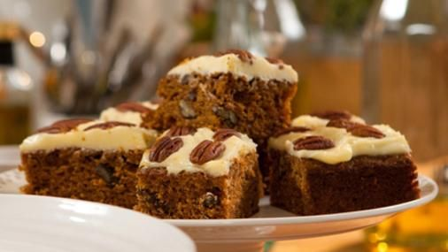 A luxurious tasting carrot cake packed with sultanas and pecans. One piece is never enough.