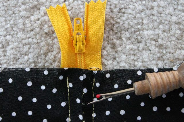 Putting in a zipper doesn't have to be intimidating. All you need is some transparent tape, a seam ripper and your zipper foot to put in a zipper.