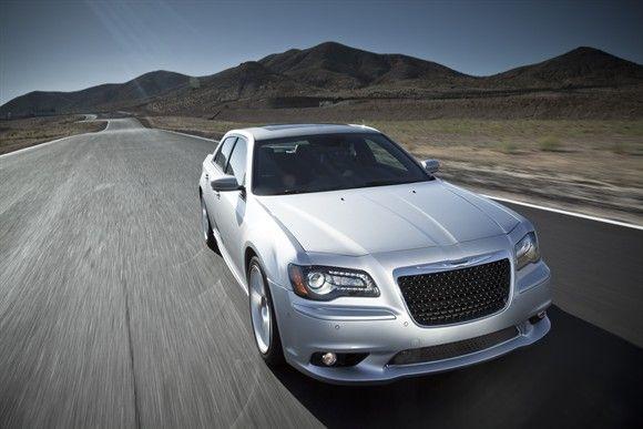 2013 Chrysler 300 SRT8 <3