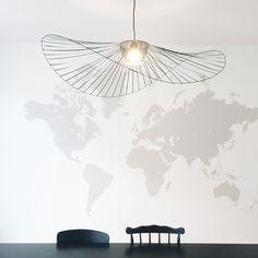 DIY Vertigo lamp - Cette suspension homemade est partie de la profonde admiration que j'ai pour celle de Constance Guisset, la Vertigo. J'ai fini par me lancer le défi de m'en inspirer pour en réaliser une moi-même, avec mes petits doigts et mon petit matériel de bricolgirl. Voici comment je m'y suis prise.