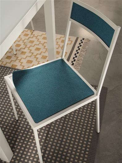 Tick chair