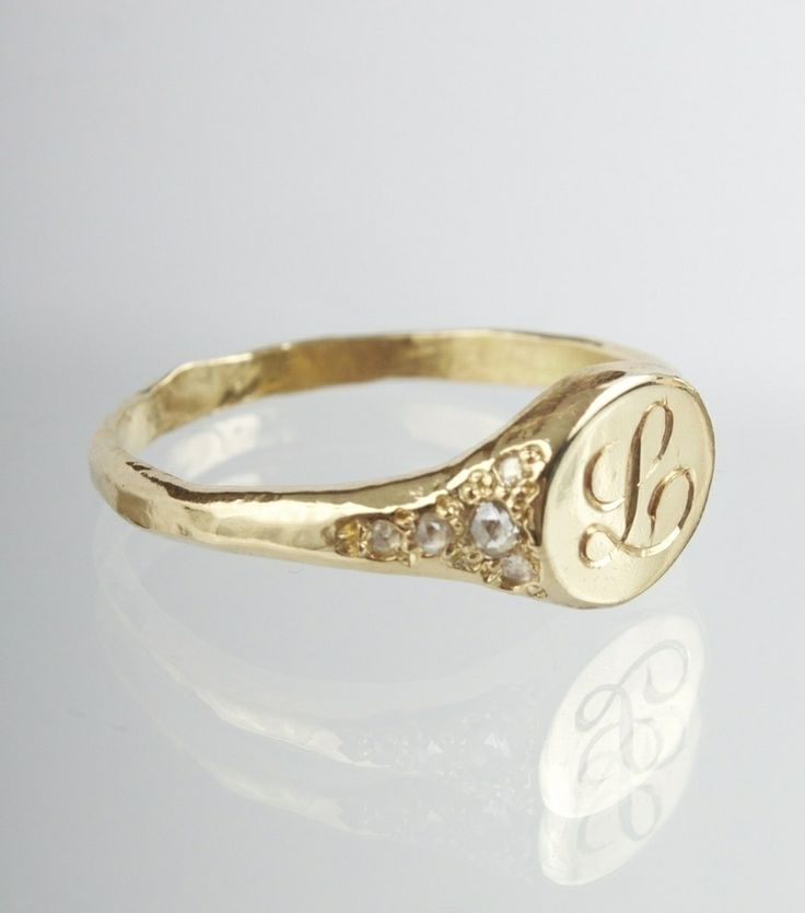 love a gold signet ring... ~ this beauty is from @Catbird ~