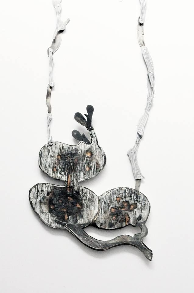 Aggelika Diplari (Greece, 1960).Necklace: Untitled, 2015 wood, Silver, Argentium silver, Pigments, Acrylics