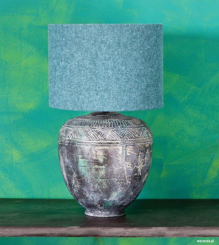 Kolor we wnętrzu // modne kolory ścian // fot. mat.prasowe: http://www.weranda.pl/urzadzamy/sciany/kolory-scian-w-pokoju-sypialni-kuchni-jak-je-dobierac #design #home #colors #walls #inspirations #wall #interriors #ideas #happy #chair #furniture #sofa #navy #green #kolory #ściany #farba #meble #kolorowe #inspiracje #kolor #malowanie #wnętrza #mieszkanie #remont #inspiracje #pomysły #kanapa #salon #pokój #łazienka #dom #kolorystyka #porady #diy #granatowy #zielony