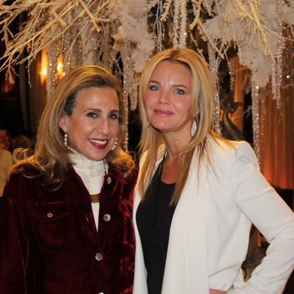 Holiday Fashion Show at The Drake #hotel in #Chicago with my #beautiful #friend and patient Wendy. So very excited about helping her with her #skincare article to be featured online at Grand.com as she shares her personal experiences!  Just the day before this #photo I had used #fillers  to fill in acne scars to give Wendy the smooth beautiful complexion she desired.  This #fashionista has a super #successful blog http://www.fashionoverfifty.com. We #love your #style and grace! #Happy…