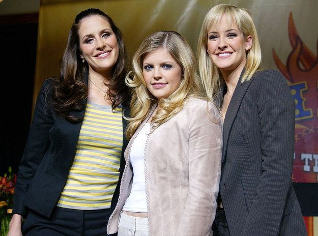 Dear Dixie Chicks, The World Needs You Now More Than Ever