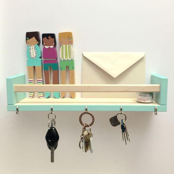 40 ways to organize with an Ikea Spice Rack - key rack