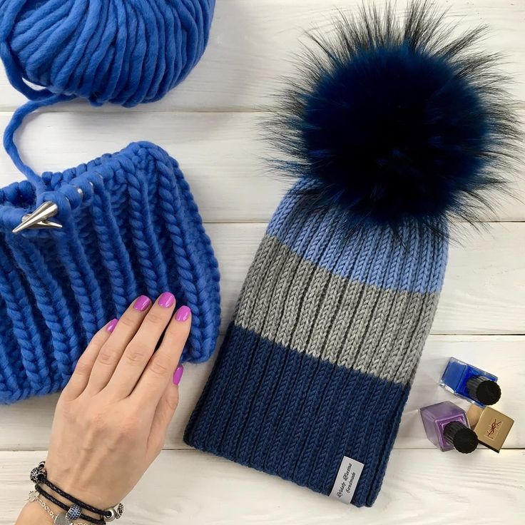 Доброе утро Конец сезона говоритенееет, только не у менявязала, вяжу и буду вязать шапки, даже летом!!! Шапочки❌