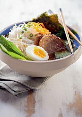 Saiba o que deve estar no prato para dar energia e repor os nutrientes na hora de fazer exercícios físicos