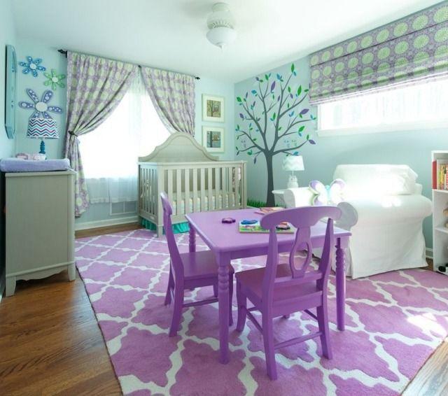 Unique Babyzimmer Gestaltung lila mintgr n wanddeko baumsticker fensterrollos gardinen